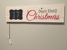 Count down until Christmas pallet sign Christmas decor Chalk board Christmas countdown by KettleRunCrafts on Etsy https://www.etsy.com/listing/255283140/count-down-until-christmas-pallet-sign