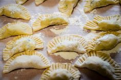 For those with a sweet tooth: Tyrolean Schlutzkrapfen recipe Cooking Chef, Italian Cooking, Party Finger Foods, Low Carbon, Pasta Noodles, Tortellini, Innsbruck, Low Carb Recipes, Sweet Tooth