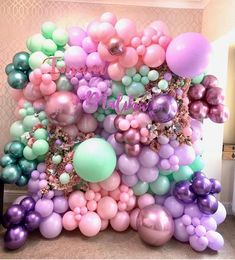 STUNNING by pic by balloons by cake by florals by… Balloon Installation, Balloon Backdrop, Balloon Decorations Party, Balloon Wall, Balloon Garland, Birthday Party Decorations, Balloon Ideas, Pastel Balloons, Helium Balloons