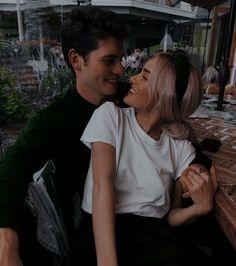 Cute Couples Photos, Cute Couple Pictures, Cute Couples Goals, Teen Couples, Couple Goals Relationships, Relationship Goals Pictures, Photo Couple, Love Couple, Boyfriend Goals