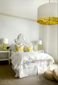 I keep seeing white and yellow in bedroom decor and the more I see it, the more I love how fresh and clean it is!