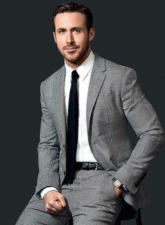 Ryan Gosling Movies, Ryan Gosling Style, Ryan Gosling Suit, Beautiful Men Faces, Beautiful People, Bae, Dapper Gentleman, Evolution Of Fashion, Hollywood Celebrities
