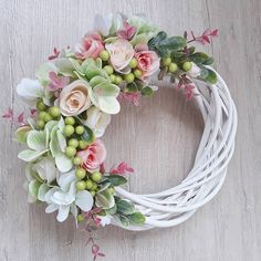 Used to say that something is very suitable for someone and does exactly what they wanted or expected eg: I meditate and do yoga every day. It works for me and I think it could work for you too. Paper Flower Wreaths, Easter Wreaths, Holiday Wreaths, Paper Flowers, Floral Wreath, Diy Wedding Backdrop, Wedding Wreaths, Handmade Christmas Decorations, Summer Wreath