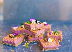 A Raw Vegan Raspberry Cheesecake slice everyone is going to love. It's healthy, gluten and refined sugar free and tastes phenomenal!