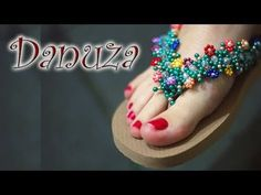 Chinelo Decorado - Flor de Missanga como fazer passo-a-passo - YouTube Beaded Earrings, Beaded Jewelry, Decorating Flip Flops, Beaded Crafts, Crochet Slippers, Beads And Wire, Beading Tutorials, Beautiful, Shoes