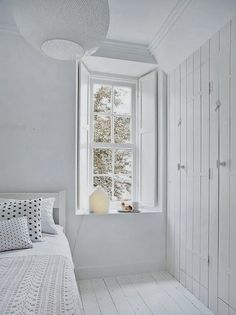 """delta-breezes: """" My Scandinavian Home """" I like white. All white. More white. Interior Minimalista, Style At Home, White Rooms, Scandinavian Home, White Houses, White Decor, Home Interior, Nordic Interior, Interior Plants"""