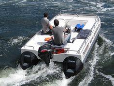 motor pontoon boat