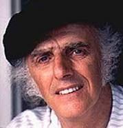 Gilles Vigneault, né le 27 octobre 1928 à Natashquan, au Québec, est un poète, auteur de contes et de chansons, auteur-compositeur-interprète québécois. Fils d'un marin pêcheur et d'une institutrice de campagne, il étudie à Rimouski, puis à Québec