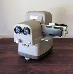 1950s Vivid Deluxe 3D Slide Projector, Bell & Howell