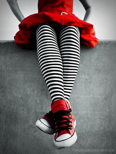 striped tights http://vragolastidenis.deviantart.com/art/Cooler-than-the-red-dress-170260815?q=boost%3Apopular+favby%3Abmcrepjapan%2F37994387=1