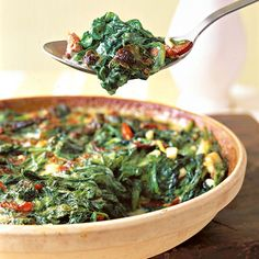 Creamy Spinach Casserole with BACON ~ I <3 spinach... and BACON... oh... yeah...