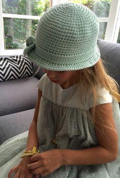 crochet * zomerhoedje (Ak at home) Crochet Summer Hats, Love Crochet, Crochet For Kids, Beautiful Crochet, Crochet Baby, Knit Crochet, Baby Wraps, Girl With Hat, Ibiza