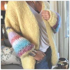IMG_0960 Crochet Jacket, Crochet Cardigan, Knit Crochet, Knit Fashion, Sweater Fashion, Look Fashion, Knit Wrap, Mohair Sweater, Winter Warmers