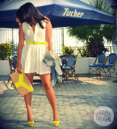The neon compliments the dress ❤ love it