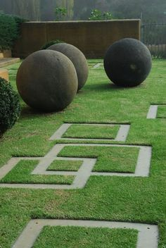 Garden by one of my favourite designers, and someone I've been privileged to interact with several times | Outdoor Areas