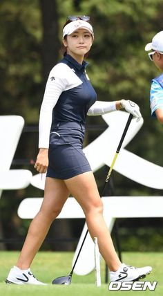 They say that warriors are merely as good as their clothing, and also this is probably the good reason that ladies golf shoes are most important for girls golf Girl Golf Outfit, Cute Golf Outfit, Sexy Golf, Girls Golf, Ladies Golf, Sexy Asian Girls, Beautiful Asian Girls, Golf Wear, Sporty Girls
