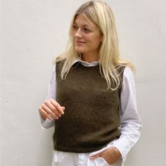 Ravelry: Stockholm Slipover pattern by PetiteKnit Stockholm, Knitting Projects, Knitting Patterns, Tweed, Pullover Shirt, Bind Off, Knit In The Round, Knit Vest, Work Tops