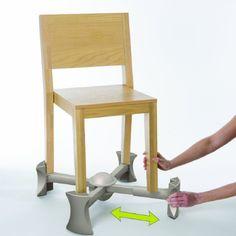 Si vous avez de jeunes enfants à la maison alors vous avez certainement chez vous des rehausseurs de chaise classiques, vous savez ceux q...