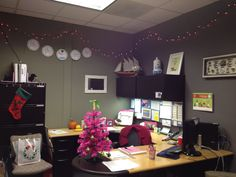 pink and green office - Google Search Studio Room, Dream Studio, Teacher Office, Green Office, Pink Things, Pink Christmas, Pink And Green, Corner Desk, Google Search