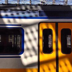 #mindfulness #zen mode found at train station #rotterdam #ikzieikzie #miksang moment www.Artstudio23.com © #instawalk #instameet #photowalk #workshop #photography #fotografie #rotterdam Melanie E. Rijkers