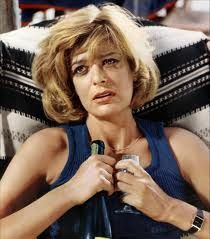 Melina Mercouri, the famous Greek actress in her youth. Later the first female Minister for Culture of Greece in Die A, Best Actress Oscar, Crazy Girls, Keith Richards, Glamour, Famous Women, Famous People, Looks Style, Classic Beauty