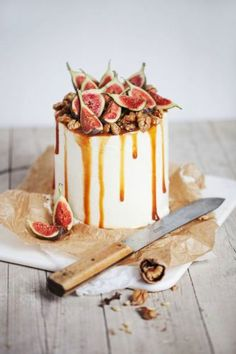 Gorgeous fig-topped cake. Perfect for Fall!