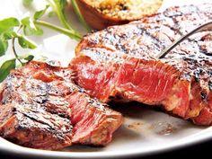 NYグリルレストランで3種の肉を楽しむ  『ビーコン』