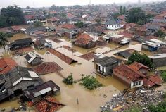 12/22/2014 - Special Report: In Jakarta, that sinking feeling is all too real
