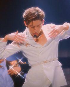 ↳ heartthrob - bambam on We Heart It Yugyeom, Youngjae, Got7 Jb, Mark Jackson, Jackson Wang, Girls Girls Girls, Boys, Park Jinyoung, Got7 Aesthetic
