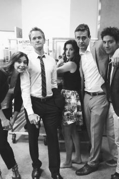 Alyson Hannigan, Neil Patrick Harris, Cobie Smulders, Jason Segel and Josh Radnor Ted Mosby, Best Tv Shows, Favorite Tv Shows, Movies And Tv Shows, Favorite Things, How I Met Your Mother, Himym Quotes, Josh Radnor, Mejores Series Tv