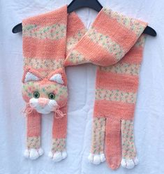 Baby Knitting Patterns Scarves Baby Knitting Patterns Knitted Kids Scarf Animal Scarf by NPhandmadeCr … Knitted Hats Kids, Knitted Cat, Knitted Animals, Knitting For Kids, Free Knitting, Baby Knitting Patterns, Crochet Patterns, Knit Or Crochet, Crochet Scarves