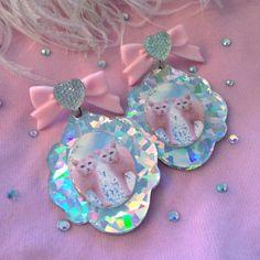 kitty hologram earrings
