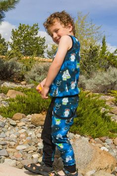 PDF pattern by A Sparkly Baby, These super comfy pants are made with knit fabric, from sizes Preemie-14. This pattern comes with awesome pockets for treasures, 3 waistband styles (fold over yoga style, regular band, or elastic), 4 lengths (midthigh, knee, capri, and pant) and throw a super easy faux drawstring to make your joggers complete! This pattern also features an optional rise for kiddos with cloth diapers in sizes P-2t! www.etsy.com/shop/asparklybaby