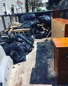 If you are finding it difficult in getting to know that which is the best Rubbish Removal Boston service provider let us help you. The one company that is regarded highly for their best junk removal that too in affordable rates is called Rivas Rubbish Removal.