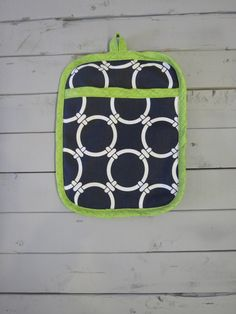 Caught Ya Lookin'- Navy and Green Pot Holder
