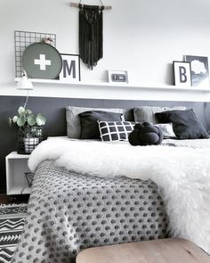 A room should never allow the eye to settle in one place. It should smile at you and create fantasy home decor decoration salon decoration interieur maison Dream Bedroom, Master Bedroom, Fantasy Bedroom, Bedroom Inspo, Bedroom Decor, Happy New Home, Romantic Home Decor, Bedroom Color Schemes, Dream Decor