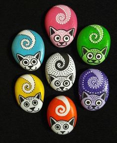 48 Simple and Cute DIY Rock Painting Ideas Rock Painting Patterns, Rock Painting Ideas Easy, Rock Painting Designs, Paint Designs, Rock Painting Ideas For Kids, Pebble Painting, Dot Painting, Pebble Art, Stone Painting