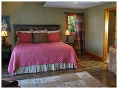 The Pond is a vacation rental home / cabin located near Franklin and Highlands, North Carolina. This vacation rental features three bedrooms and three baths. Vacation Cabin Rentals, Highlands Nc, Pond, Bedroom, Furniture, Home Decor, Water Pond, Decoration Home, Room Decor