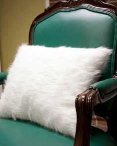 DIY Room Decor: How To Make A Fur Pillow Apartment Therapy Reader Project Tutorial   Apartment Therapy