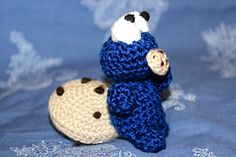 This is my very own original pattern for Cookie Monster! You can check it out, it's free on Ravelry! =)