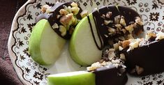 26. Healthy Candy Apple Wedges #healthy #superfood #recipes https://greatist.com/health/easy-superfood-healthy-recipes