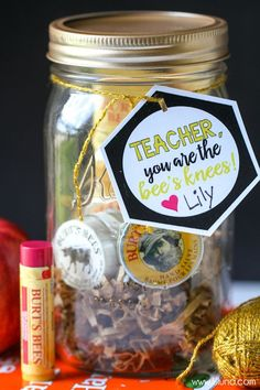 Bee's Knees Teacher Gift - so cute and filled with Burt's Bees products. Free tags for mom and friend too! { lilluna.com }
