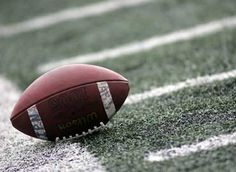 Daily Sports News Flag Football, Football Players, Football Images, The Bright Sessions, High School Story, Riverdale Aesthetic, Football Wallpaper, American Football, Sports News
