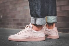 90e29bcda43232 REEBOK CLUB C 85 RS SHELL PINK   GOLD SNEAKERS IN ALL SIZES  Reebok