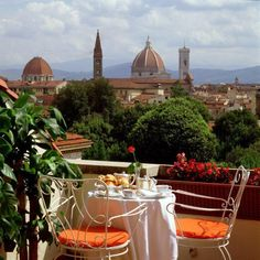 Breakfast in Florence Want a great place and so many wonderful things to do and see! Loved it!