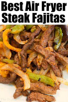Air Fryer Fajitas are so easy to make! We used beef with a dry rub, onions and bell peppers and they were great in our Ninja Foodi and Cosori machines. Air Fryer Fajitas are so easy to make! We used beef with a dry rub, onions and bell peppers and they … Air Fryer Recipes Snacks, Air Fryer Recipes Low Carb, Air Fryer Recipes Breakfast, Air Frier Recipes, Air Fryer Dinner Recipes, Air Fryer Recipes Vegetables, Beef Recipes, Cooking Recipes, Healthy Recipes