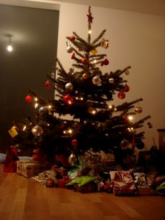 Árvore de Natal da Família Naef, na Suiça