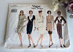 VENTE - Vogue Patterns Vintage Vogue Pattern Womens robe et veste modèle taille 8 10 12 1623 non circoncis