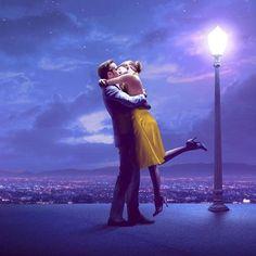 Ryan Gosling and Emma Stone in La ciudad de las estrellas (2016)
