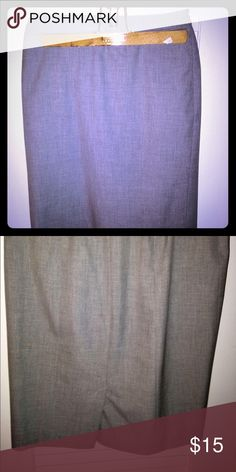 Ann Taylor Loft Gray Pencil skirt Beautiful gray work skirt, gives a very slim look and very comfortable LOFT Skirts Pencil